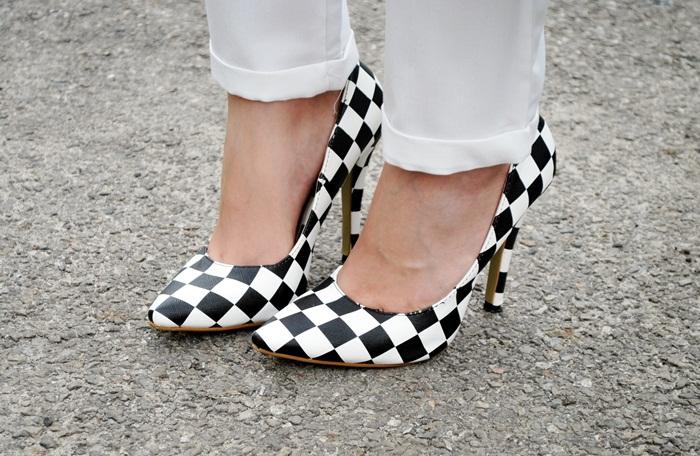 buty w szachownicę