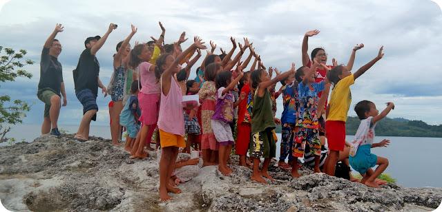 Anak+Anak+Suku+Bajo