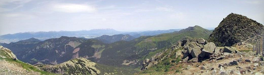 Panorama na wschód i północny wschód.