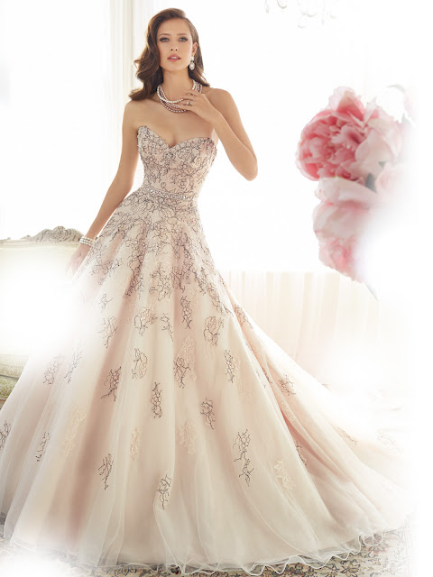 What Do I Wear To Try On Wedding Dresses