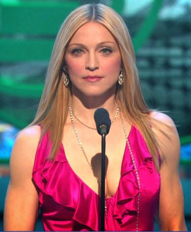 Madonna+Grammy+Awards+2004.jpg