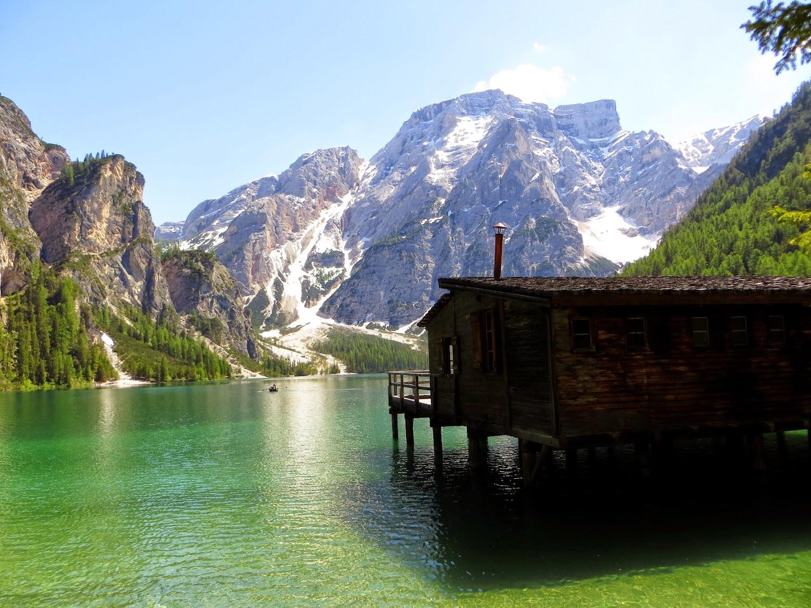 Il giro del lago di braies una facile escursione for Www home piani foto