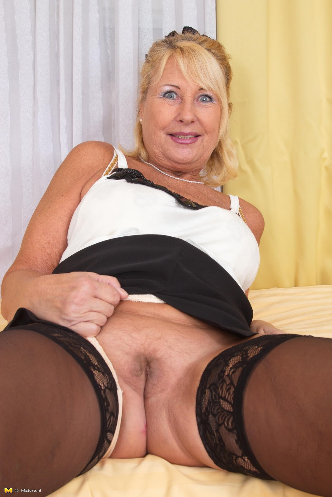 Like this mature porn women images doesn't give