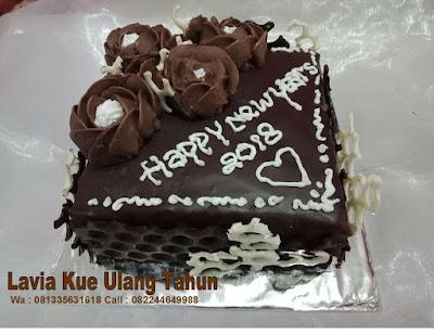 Terima pesanan kue tart custom untuk  parcel