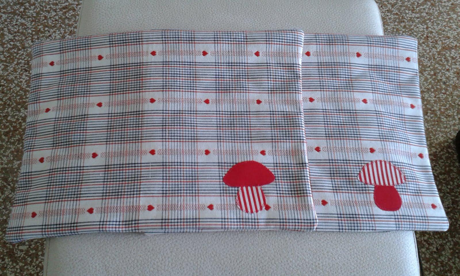 Tessuti e prodotti tessili ricamati con applique specchi dal