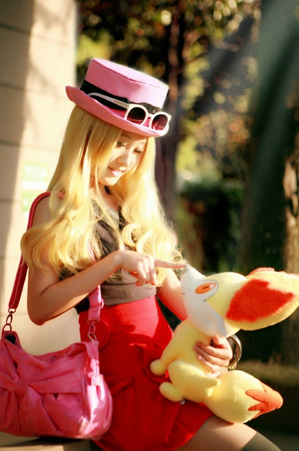 Pokemon Cosplay Pretty Pokemon X And Y Heroine Serena