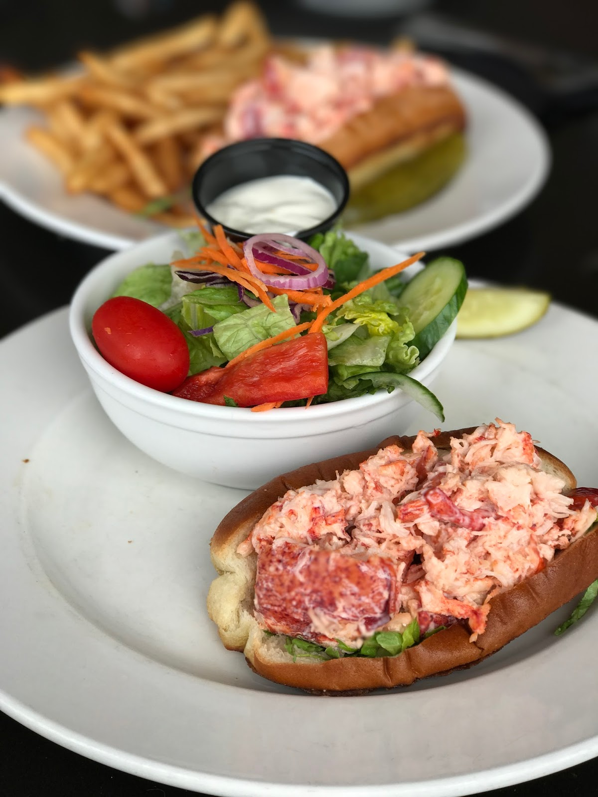 Restaurants in Newburyport, where to eat in Newburyport, New England Day Trips, Things to do around New England, Lobster Rolls
