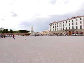 リヴォルノの広場