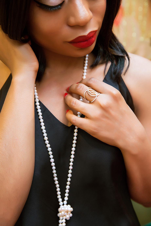 Shane Co jewelry, pearl necklace, fashion diamond ring, www.jadore-fashion.com