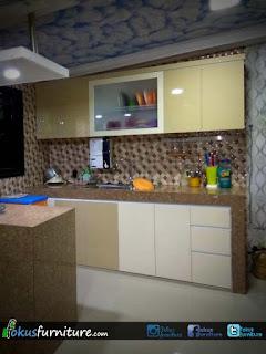Model kitchenset terbaru