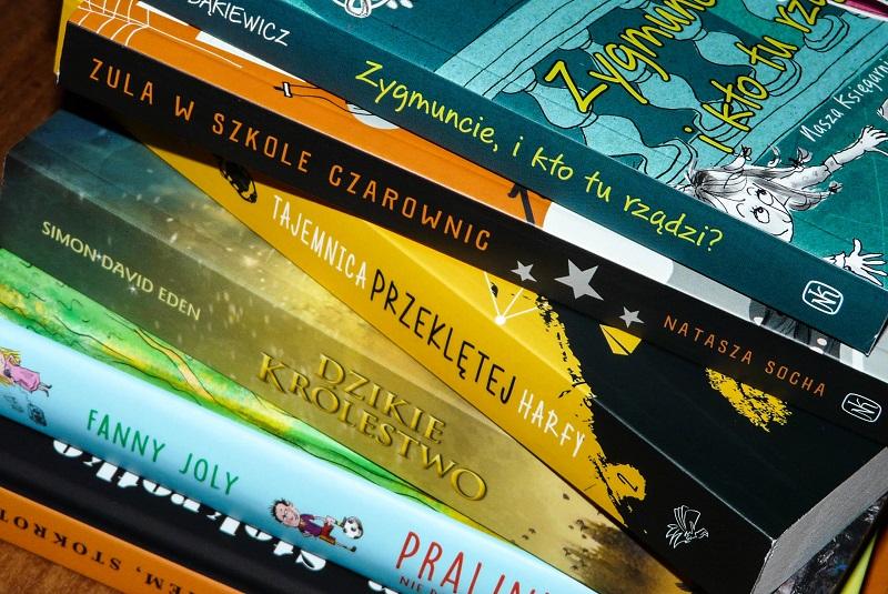 Jakie książki lubią czytać dzieci w wieku szkolnym? Nowości wydawnicze, książki dla dzieci