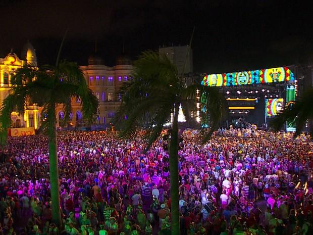 Gestores deverão anunciar gastos públicos com shows em Pernambuco