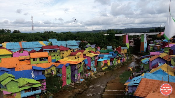 Cuci Mata ke Kampung Warna-Warni Jodipan