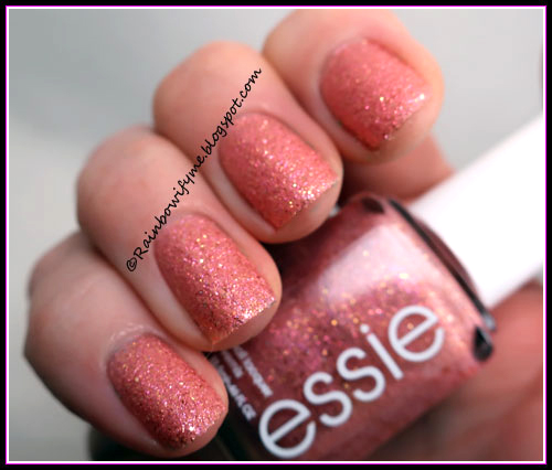 Essie ~ 1534 Beat Of The Moment