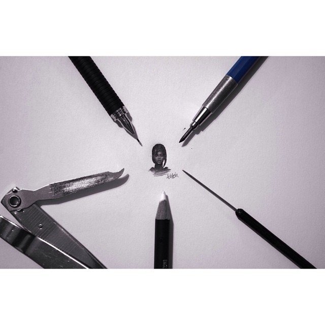 21-Beyonce-Knowles-Hash-Patel-ilovehash-Celebrity-Detailed-Micro-Miniature-Drawings-www-designstack-co