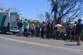 http://vnoticia.com.br/noticia/3142-jovem-ferido-em-acidente-apos-pneu-da-moto-estourar-na-rj-224