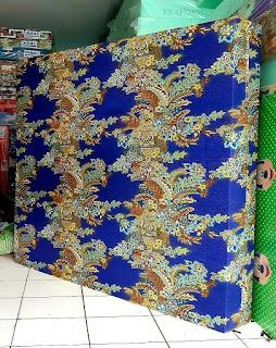 Kasur inoac motif Bunga Ashanti biru