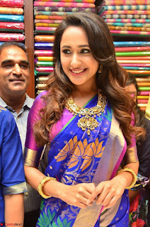Pragya Jaiswal in colorful Saree looks stunning at inauguration of South India Shopping Mall at Madinaguda ~ Exclusive Celebrities Galleries 008