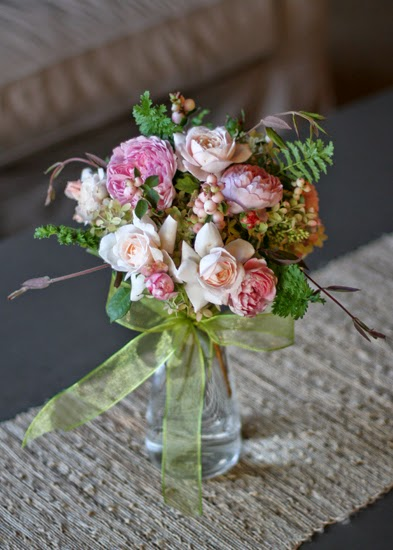 Vw Garden Bouquet Of English Roses Hydrangea Snowberry And Honeysuckle