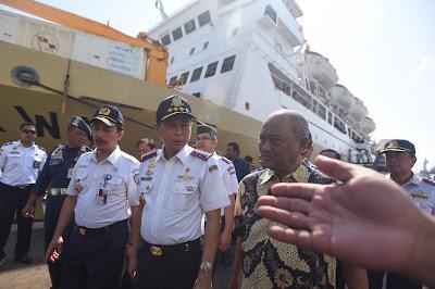 Menteri Perhubungan Sidak di Pelabuhan