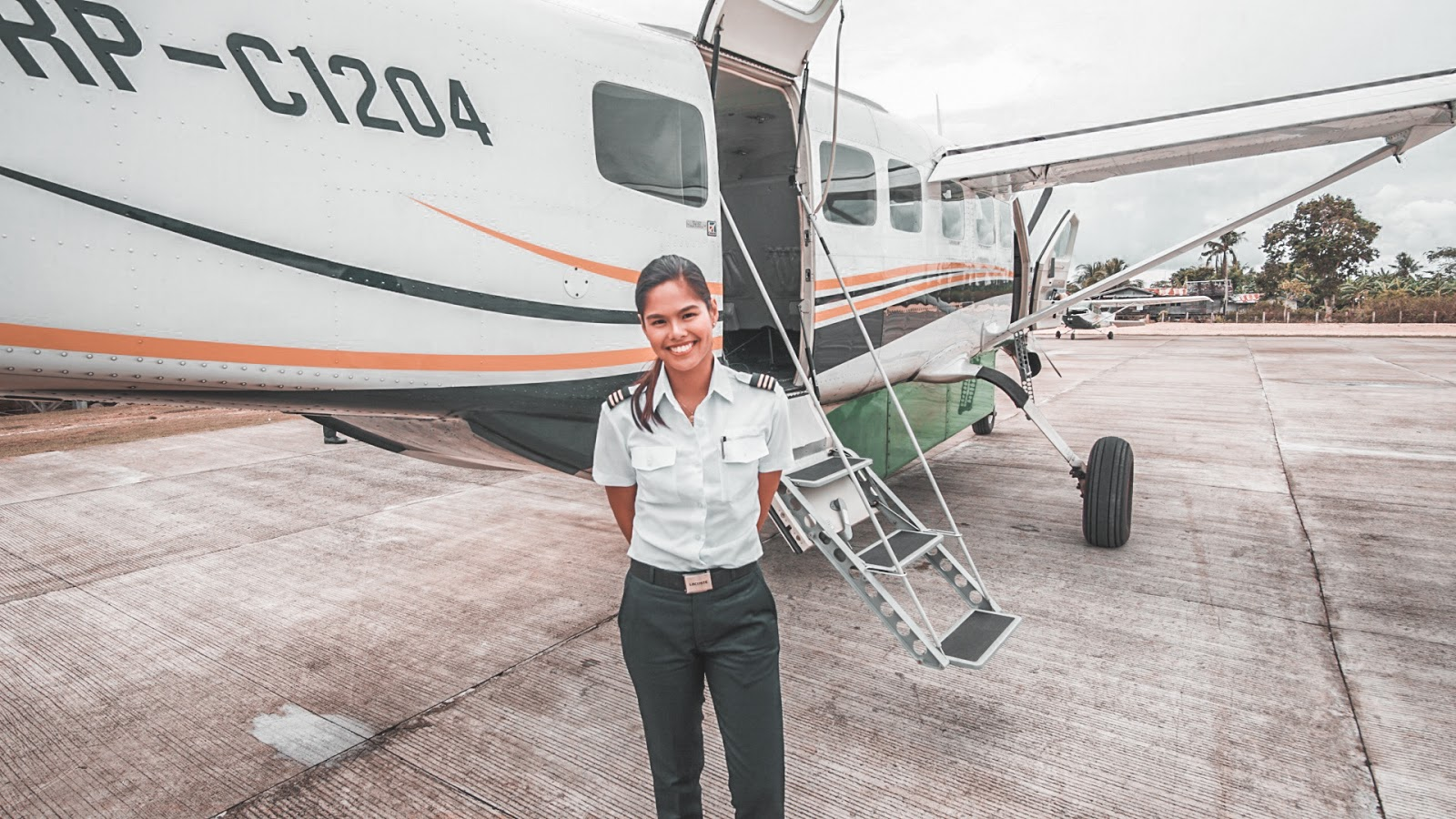 Chezka loves flying and is definitely an inspiration to many female pilots  around the world. Read her answers to our questions below.