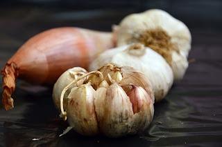 akibat dan efek samping masker bawang putih