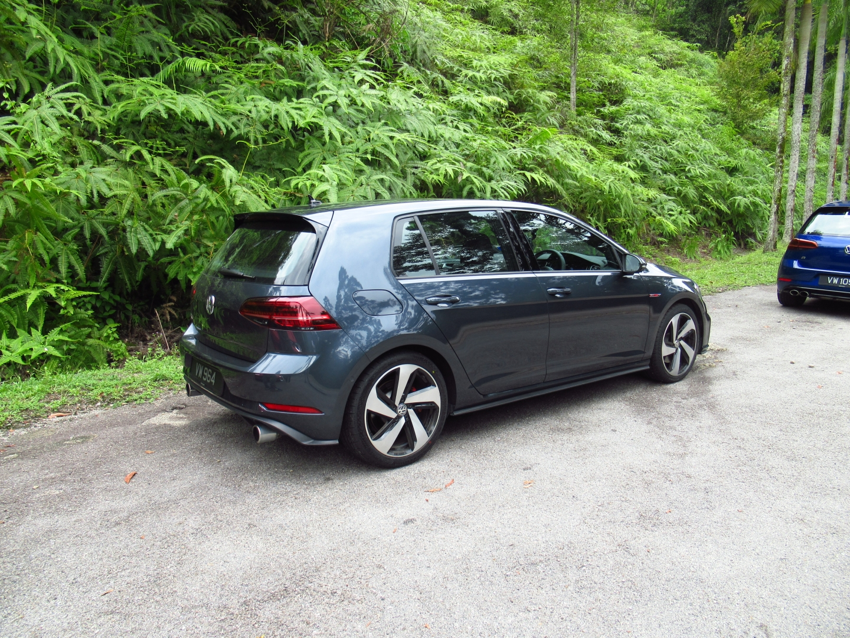 Motoring-Malaysia: Road Test: The Volkswagen Golf Mk7 5