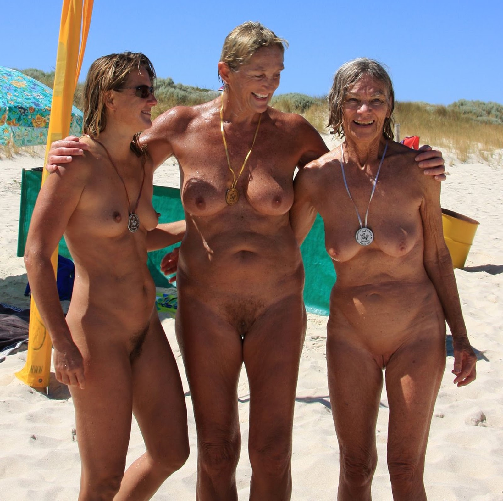 Nude beach beauty pageant-9911