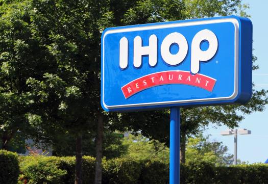 IHOP server tells black teens to pay up before eating