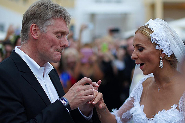 Wedding of Tatiana navka and Dmitry Peskov: video of the kiss and the clock scandal