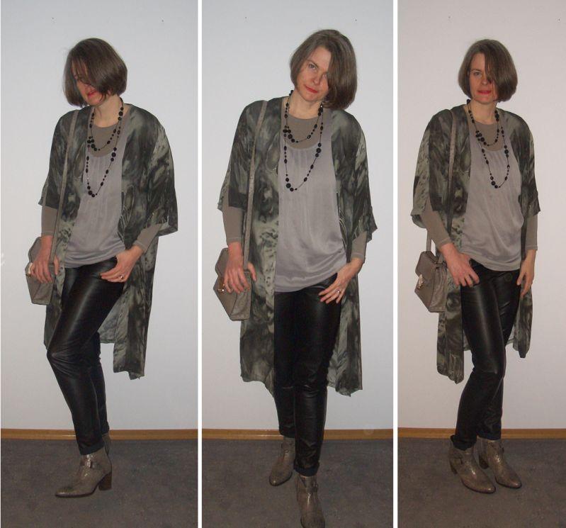 Kimono mit Chiffontop und schwarzer Lederröhre kombiniert