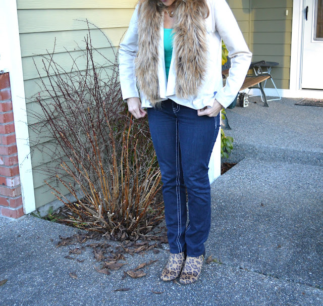 fashion, fashionblogger, macys,seattleblogger, middleagefashion, 40plusfashion,booties, leopardprint