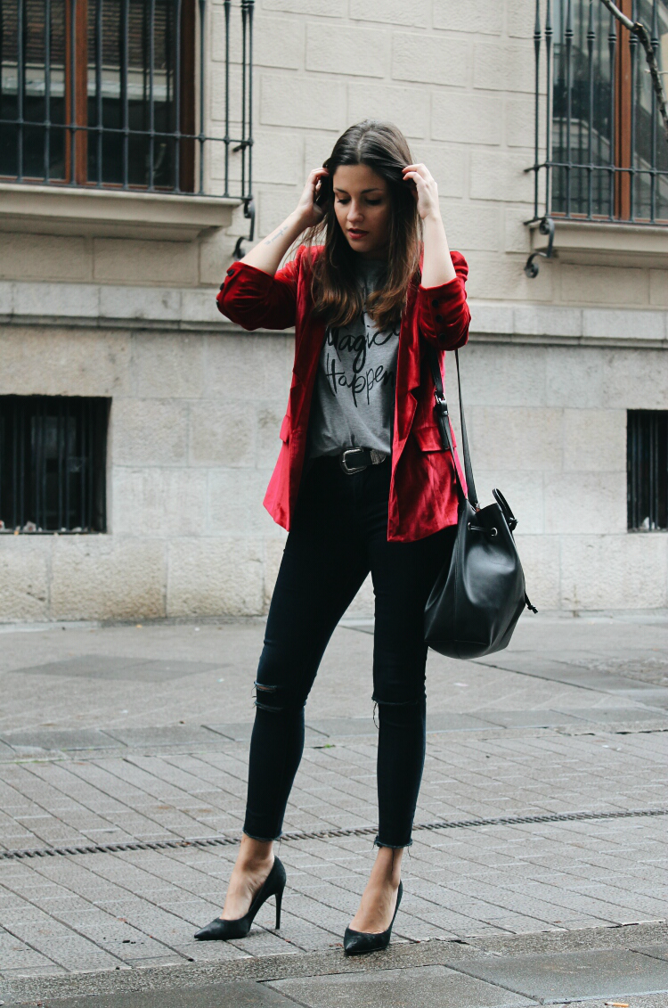 Red Velvet Blazer | Blog De Moda | LITTLE BLACK COCONUT | Bloguera De Moda En Leu00f3n
