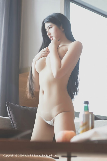 Hot girls Sexy angle porn star with Bandage bikini 4