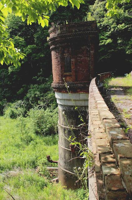 山口市にある大正時代のダムの廃墟?桂ヶ谷貯水池【y】