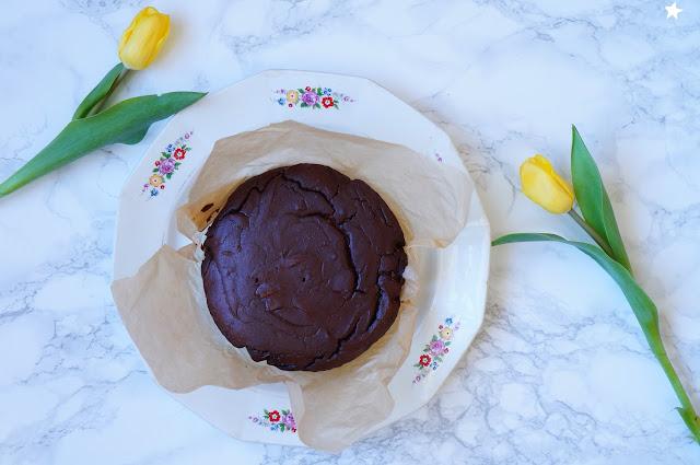 gâteau chocolat marron sans lactose sans gluten dessert