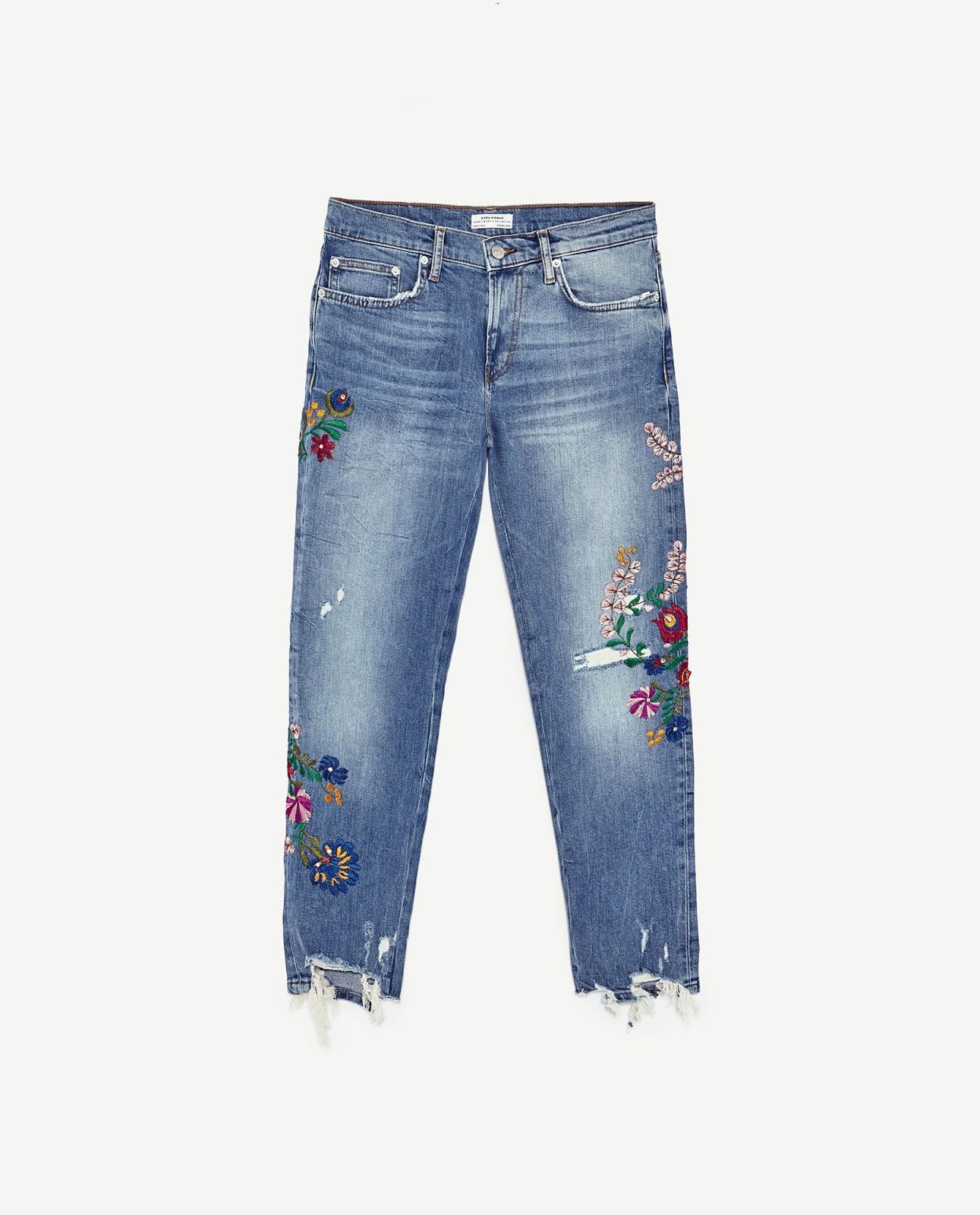ZARA haftowane jeansy boyfriendy z motywem kwiatowym, boyfriendy Zara, wyprzedaż Zara co kupić