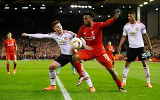 Liverpool Kalahkan Manchester United. 2-0
