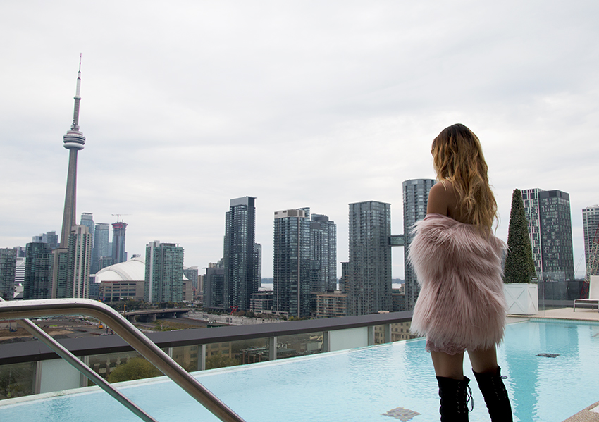 Pop Champagne: Moments with Thompson Toronto