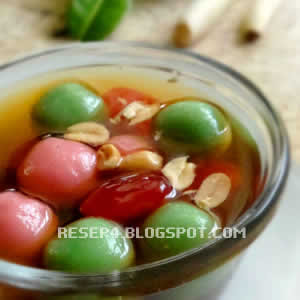 spesial tepatnya solo dan salatiga  dgn isi kacang teng teng Resep Wedang Ronde Istimewa