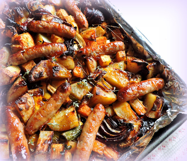Sticky Sausage Tray Bake