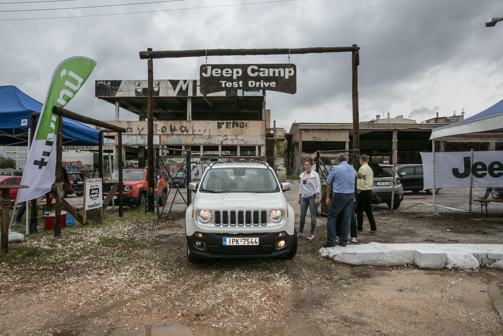 JEEP%2BCAMP GK 0239 Πετάμε ένα Jeep Renegade σε λάσπες, πέτρες, άμμο, λίμνες. Θα τα καταφέρει;