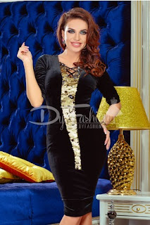 Rochie de ocazie eleganta midi mulata de catifea neagra  cu aplicatii de paiete aurii