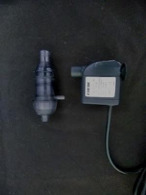 エーハイムディフューザーとエーハイムコンパクトポンプ300の組み合わせ。