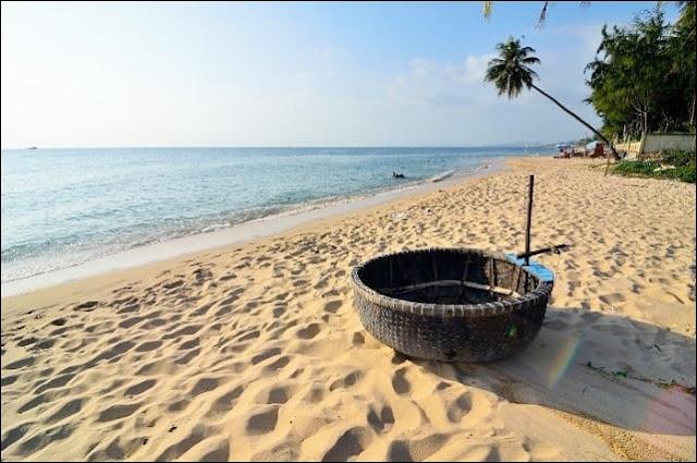 Bãi biển căn hộ Ray River Residence Hồ Tràm Vũng Tàu