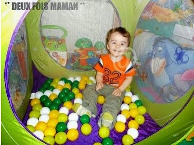 espace de jeux avec balles