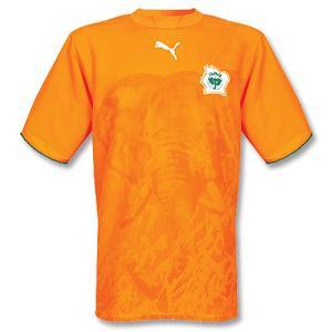 2ba1ede877 Larinsanidades  About  camisas de seleções