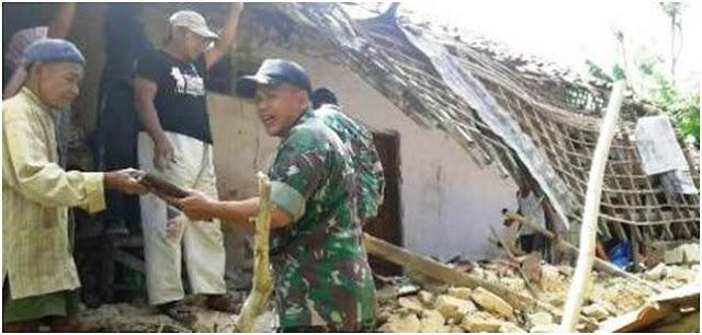 Hendak Berwudhu Di Luar Rumah, Pria Ini Justru Selamat Dari Terjangan Puting Beliung