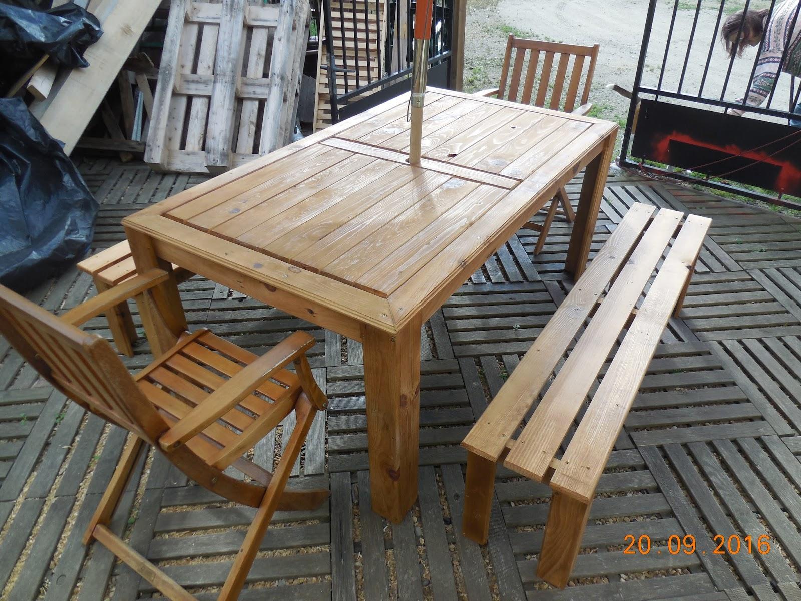 Meubles en palettes ted table salon de jardin 6 8 places - Meubles en palettes de recuperation ...
