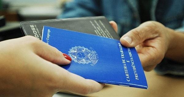 Empresa de RH abre mais de 2.400 vagas de emprego no RJ e Outros Estados